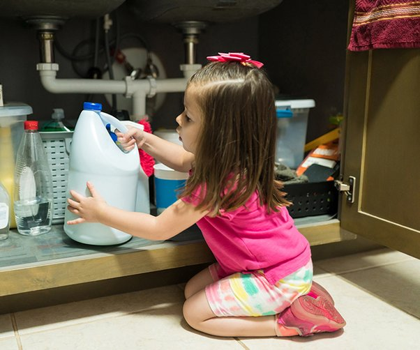 5 tips for reducing the risk of poisonings in your home